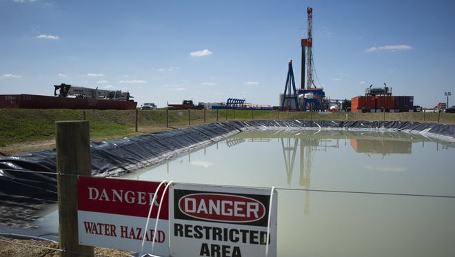 A Consol Energy Horizontal Gas Drilling Rig explores the Marcellus Shale outside of Waynesburg, Pa., on April 13, 2012.