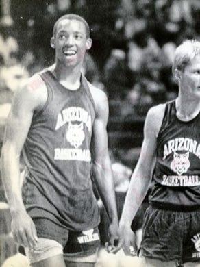 Sean Elliott   Year: 1989 (left)   Round/overall: 1/3   Team: San Antonio