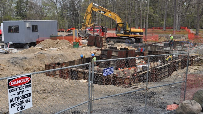 Work has begun on a new building and parking area for Taughannock Falls State Park overlook.