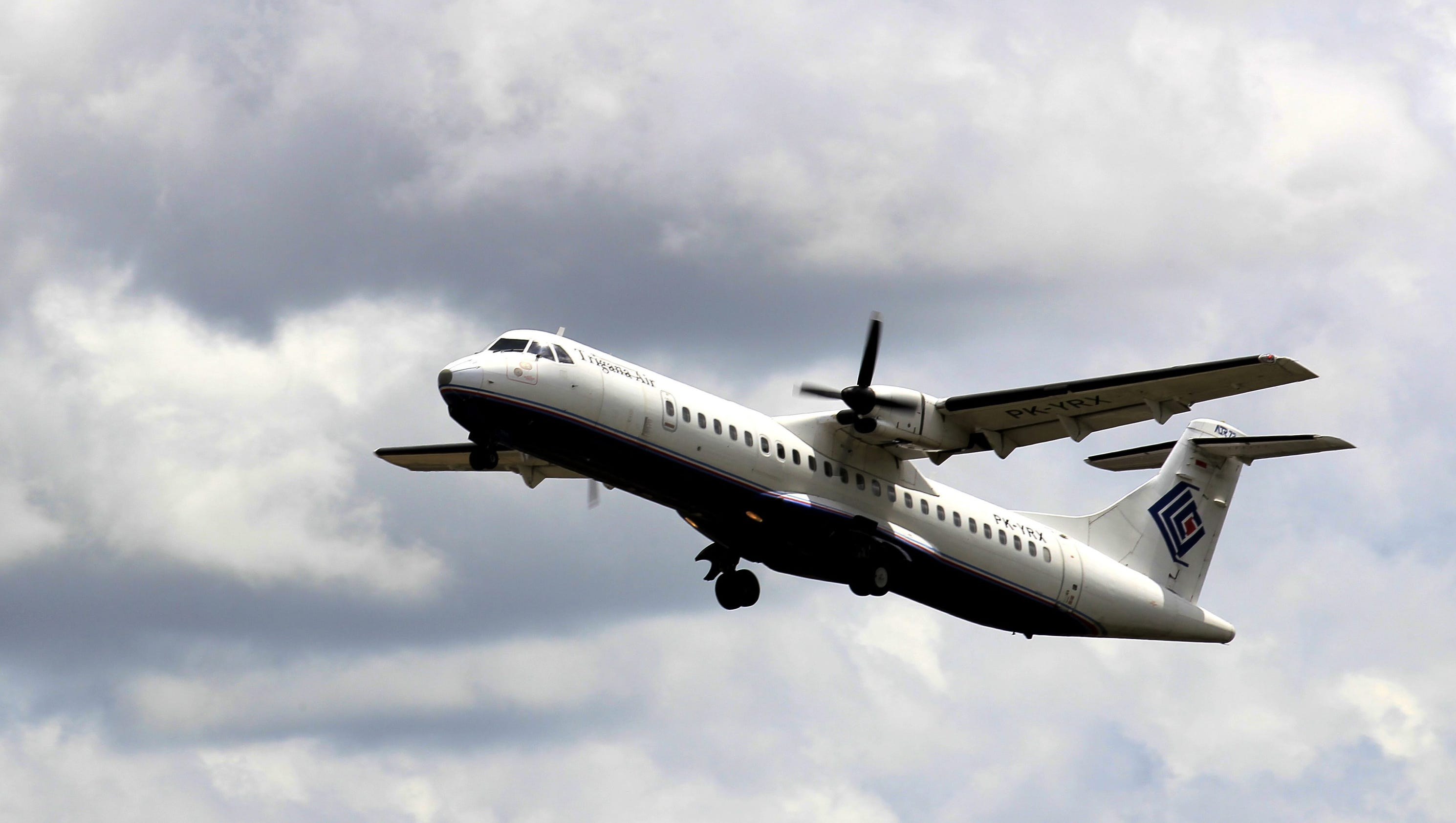 Search Plane Spots Indonesian Airliner That Crashed With