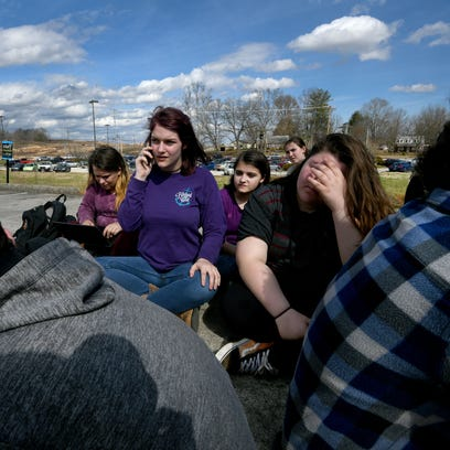 After about 100 students at Lenoir City High School