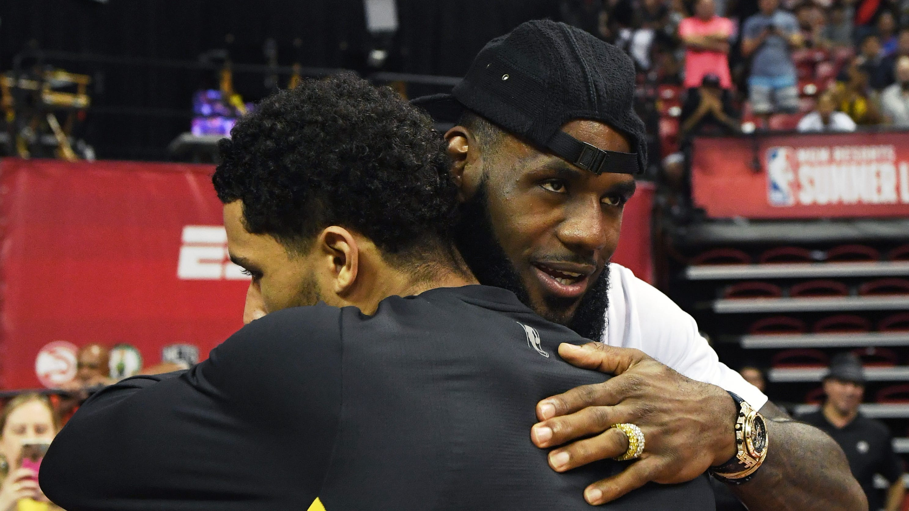 LeBron gear may hint changes to new Lakers jerseys