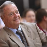Bobby Bowden scores hole-in-one at Golf Club of Quincy