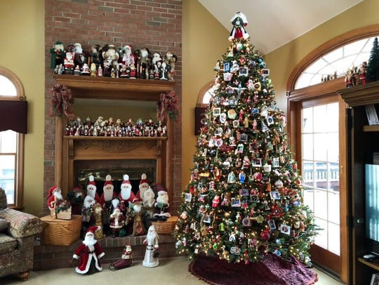 Over o700 Santas are displayed at Sherry & Al Metauro's