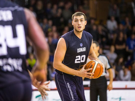 FGCU alum Chase Fieler led his team in scoring and rebounding and to the Dutch national title for the second season in a row.