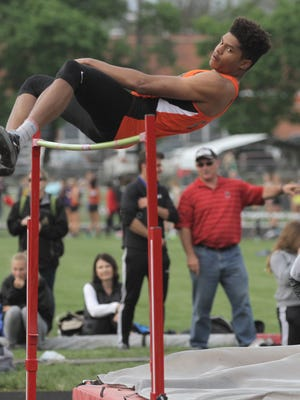 Mansfield Senior 's Joe Ellis cleared 6-10 in three meets, including the Division I state meet, good for the gold medal.