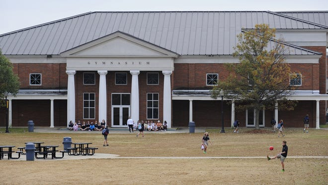 Should private schools have to purchase business licenses? The City Council must decide Tuesday, Dec. 20.