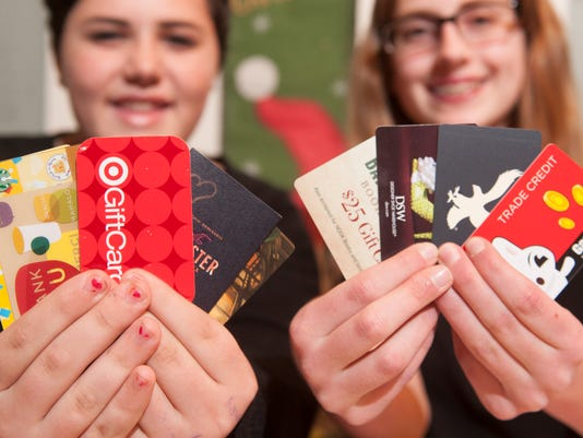CHL 1206 GIFT CARDS
