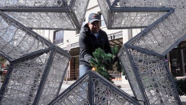 Ready, set, lights! Crews prep for Downtown tree lighting and lights parade Saturday