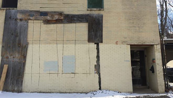 A warehouse at 68 Runyon Ave. in Yonkers faces a foreclosure auction.