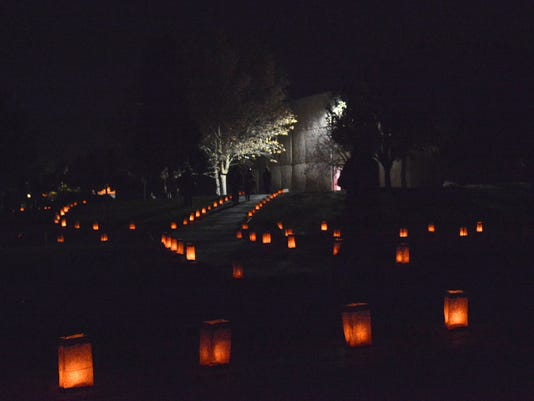 Noche-de-Luminarias-2.jpg