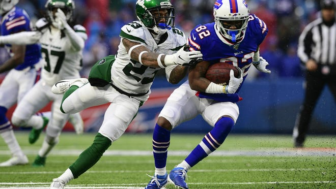 Jets star safety Jamal Adams tackles Buffalo Bills' Duke Williams in last season's finale in Orchard Park, N.Y.  The Jets are 8-5 in 13 season-openers against Buffalo.