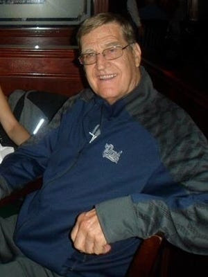 Former Carson basketball coach, teacher and administrator Tom Andreasen died last week. Former Carson basketball coach, teacher and adminitrator Tom Andreasen died in December