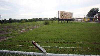 The West Louisville Community Council is seeking ideas for new uses for the 24-acre site at 30th Street and Muhammad Ali Boulevard where plans for a FoodPort project have been dropped.