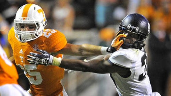 Tennessee receiver Josh Smith is reportedly done for the season with a high ankle sprain suffered in September.