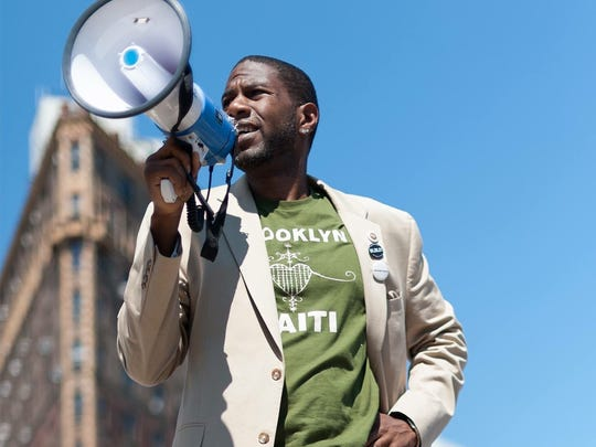 Jumaane Williams rallies supporters for his Lt. Governor campaign in Brooklyn in April 2018.