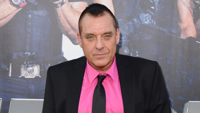 Tom Sizemore, arrived at a Hollywood premiere, has been accused of sexually abusing an 11-year-old girl on a 2003 movie set.