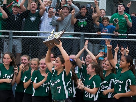 South Plainfield Softball wins nail biter over Steinert