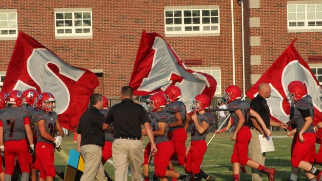 The Springfield football program is set to kick its season off Friday against Cloverleaf under first-year head coach Dave Bosko.