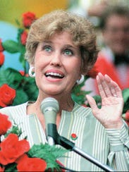 Humor columnist Erma Bombeck in 1985, when she was a famed columnist and also an equal-rights activist.