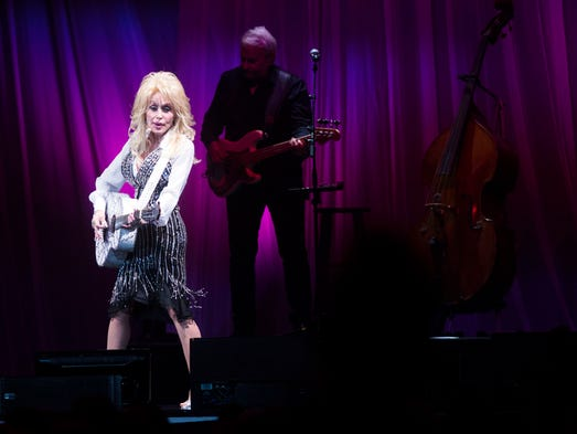 County music legend, Dolly Parton, entertains the capacity
