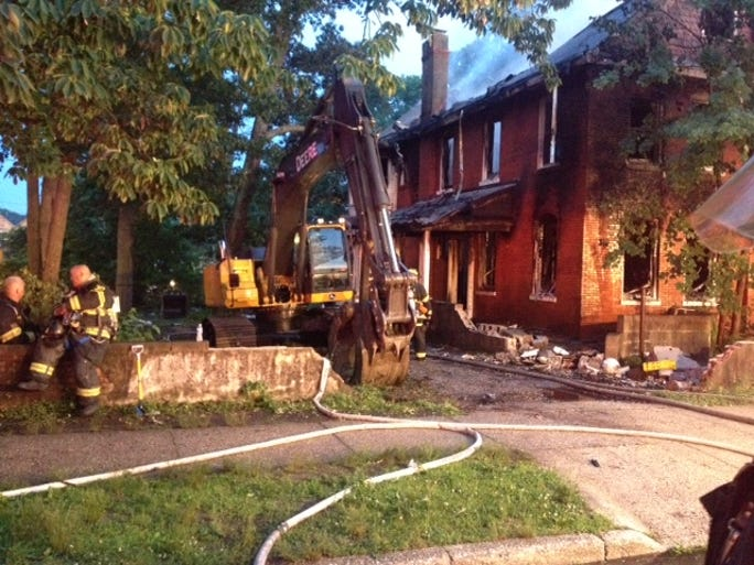A fire at an abandoned house at 420 5th St. burned early Wednesday.