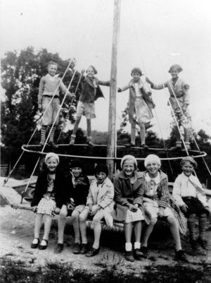 Dewey School Group - October 9, 1935