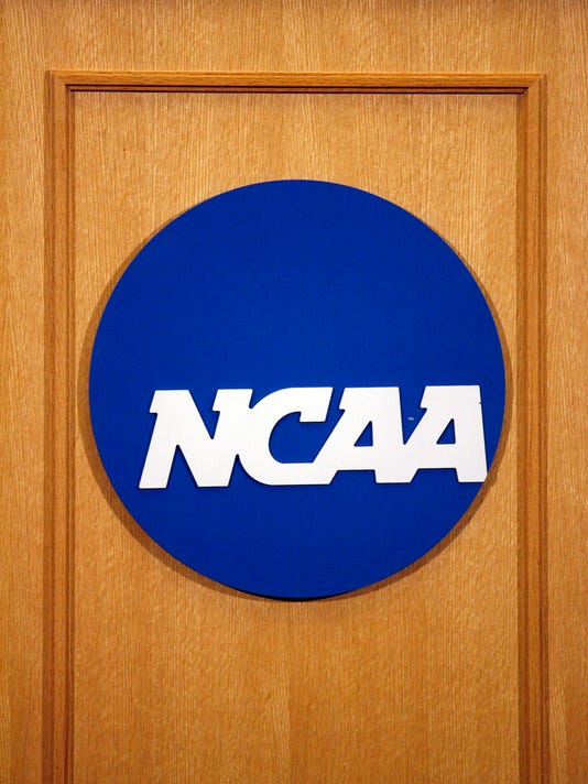 USP NCAA FOOTBALL: NCAA-PRESS CONFERENCE S FBC USA IN