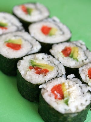 Nomzilla! Sushi et Cetera teaches the art of sushi rolling in Sushi 101.