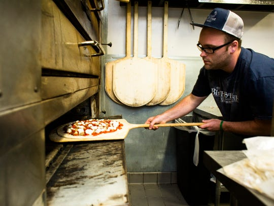 Max Hoffman creates The #4 signature pizza, with pomodoro