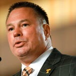 Tennessee's Butch Jones isn't running from the hype