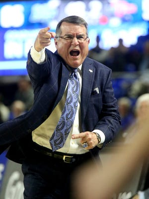 MTSU's head coach Rick Insell argues a call on the sidelines during the game against La Tech on Thursday, Feb.. 11, 2016, at MTSU.