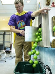 Dan Wardell of IPTV Kid's Clubhouse entertained and informed children and their parents July 8 and the Altoona Library.