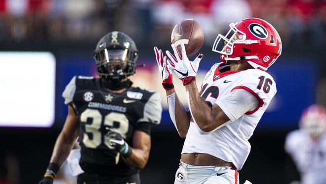Georgia Bulldogs wide receiver Demetris Robertson (16) makes a first down reception called back due to holding int the first quarter against the Vanderbilt Commodores during an NCAA football game on Saturday, Aug. 31, 2019 in Nashville, Tenn.
