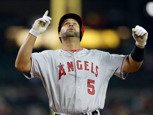 Angels Tigers Baseball (2)