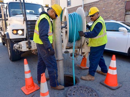 Suez Water workers
