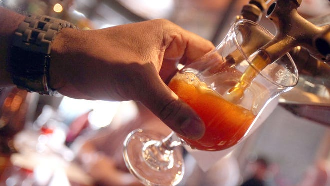 The bill would allow bars and restaurants in central business districts across the state to expand the hours they sell alcohol to 4 a.m.