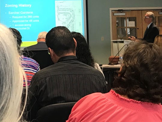 """Consultant Dan DeLisi explains how Habitat for Humanity's proposed new development could be elevated above the """"coastal high hazard"""" area zone"""