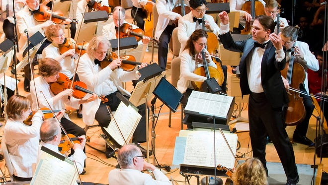 The Boston Pops, with conductor Keith Lockhart, will perform March 29 at the Resch Center in Ashwaubenon.