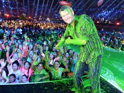 Nickelodeon Kids' Choice Awards host Blake Shelton