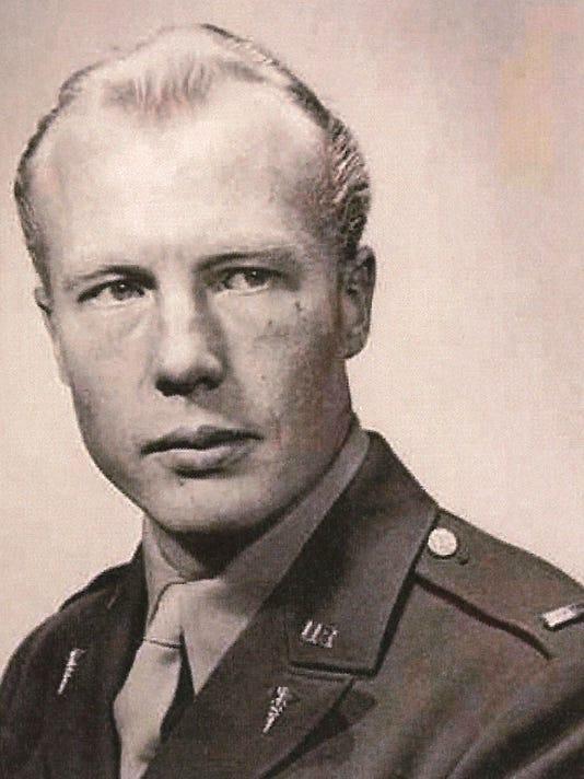 Lambertsen-army-1942-1.jpg
