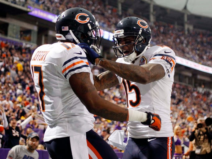 Bears wide receivers Alshon Jeffery (1,193) and Brandon Marshall (1,090) have combined for 2,283 receiving yards, the most of any receiver tandem in the NFL. Jeffery has snared three touchdowns the past two weeks while Marshall has topped 100 yards in four of his last six outings.