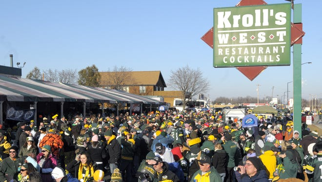 Kroll's West restaurant across from Lambeau Field