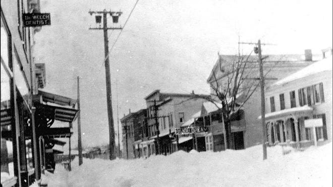 West Avenue looking east in the winter of 1913-14.