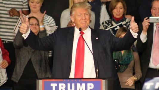 Presidential candidate Donald Trump drew a large crowd in Springfield, Ill.