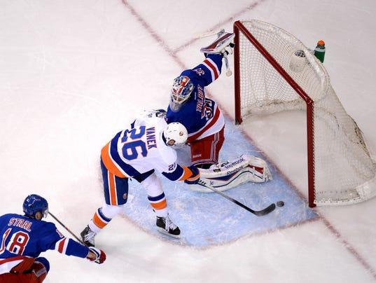 21014-1-21 Islanders comeback