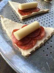 Pizza rollups