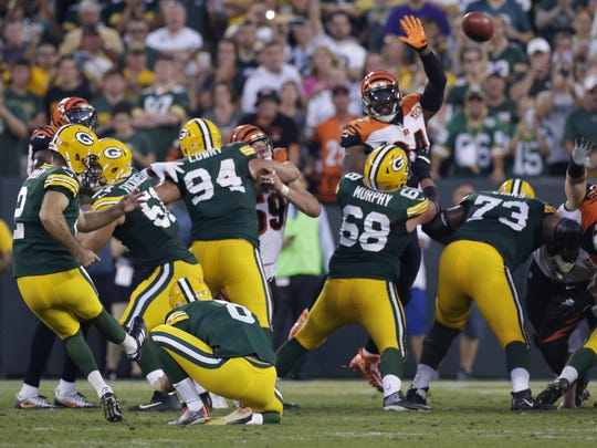 Green Bay Packers kicker Mason Crosby hits a game-winning