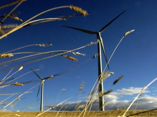 636458300549663864-wind-farm.jpg