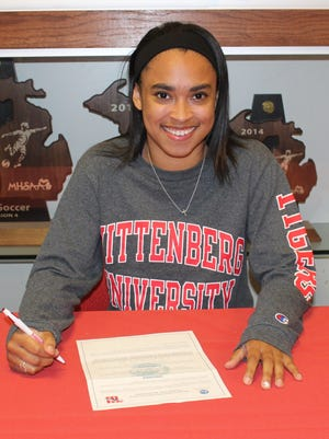 Birmingham Roeper senior Alexis Johnson has accepted an academic scholarship to Wittenberg University in Ohio.